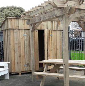 8x4 wooden shed