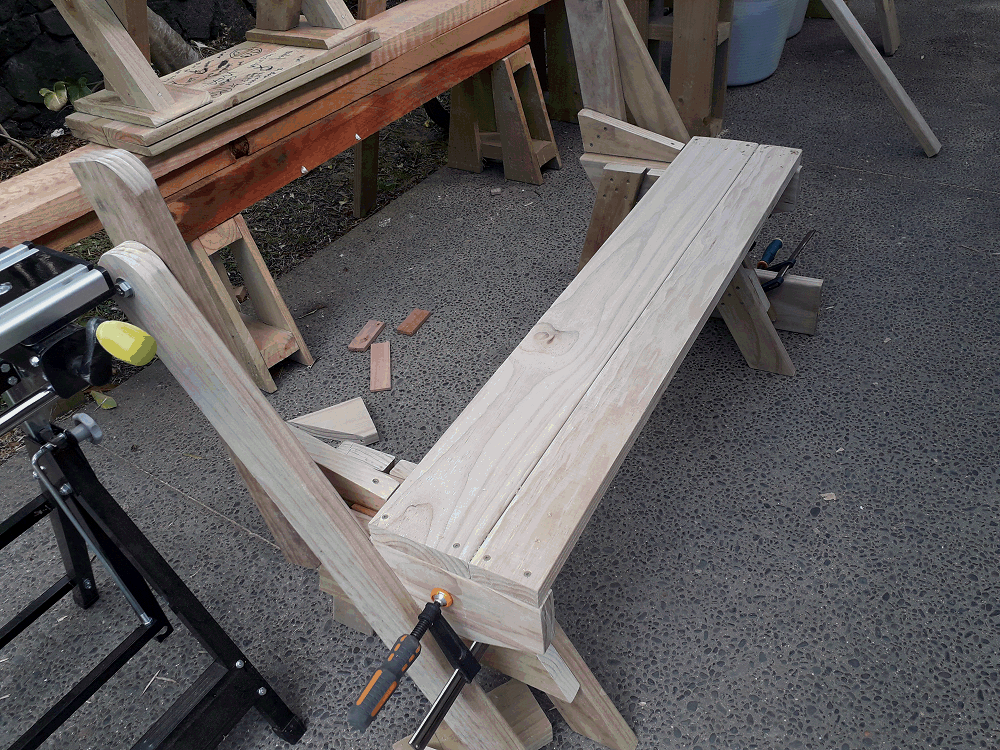 folding picnic table front seat boards fixed