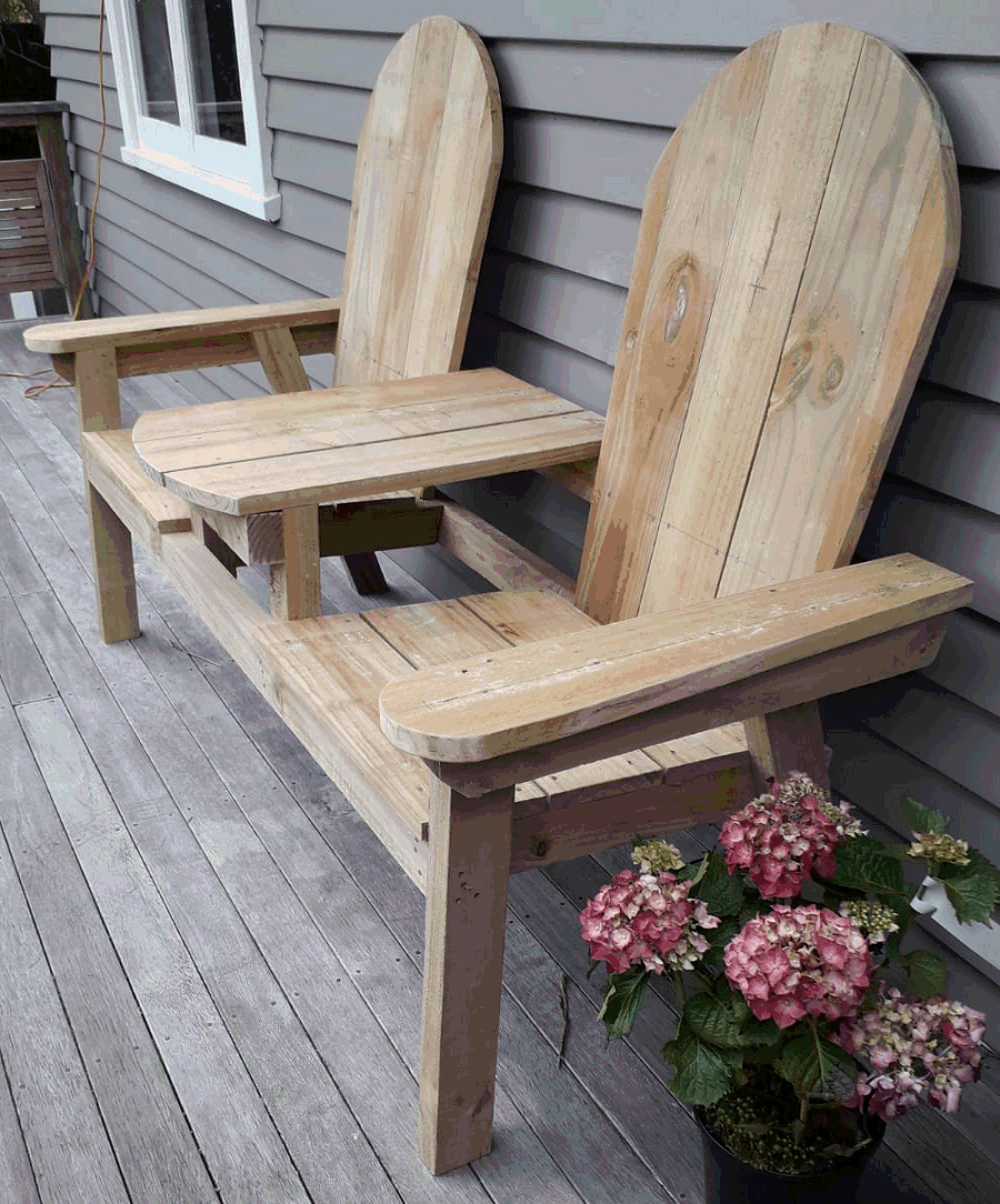 wooden jack and jill seat with middle table