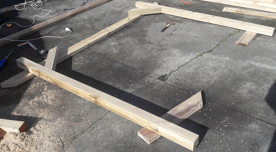 building a pergola - post and brace on a beam